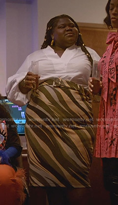 Becky's white puff sleeve blouse and stripe skirt on Empire