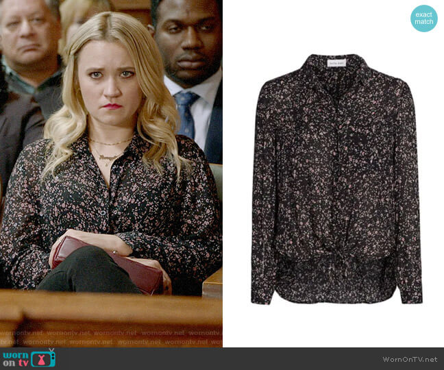 Bella Dahl Tie-Front Floral Blouse worn by Roxy Doyle (Emily Osment) on Almost Family