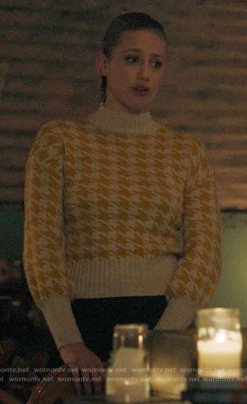 Betty's yellow houndstooth sweater on Riverdale