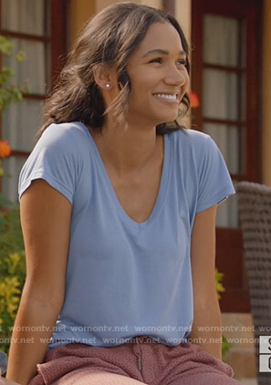 Layla's blue v-neck tee on All American