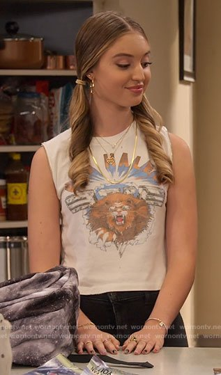Brooke's Van Hale lion graphic tank top on The Expanding Universe of Ashley Garcia