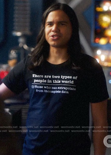 Cisco's Two Types of People t-shirt on The Flash