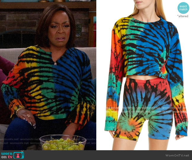 Cotton Citizen Tokyo Top in Black Prism worn by Tina (Tichina Arnold) on The Neighborhood