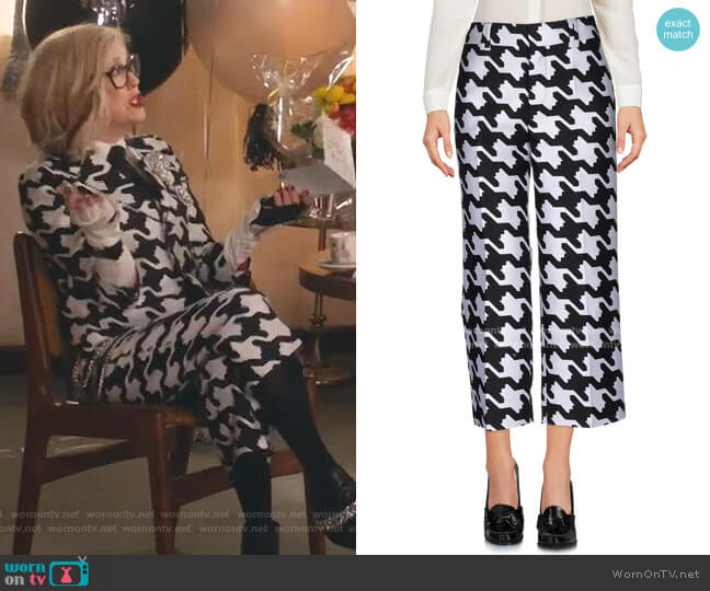 Digital Houndstooth Cropped Trousers by Dsquared2 worn by Moira Rose (Catherine O'Hara) on Schitts Creek