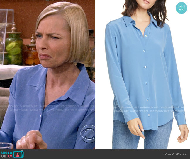 Equipment Essential Silk Button-Up Shirt in Riverside worn by Jill Kendall (Jaime Pressly) on Mom