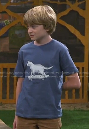 Finn's blue skater cat print tee on Bunkd