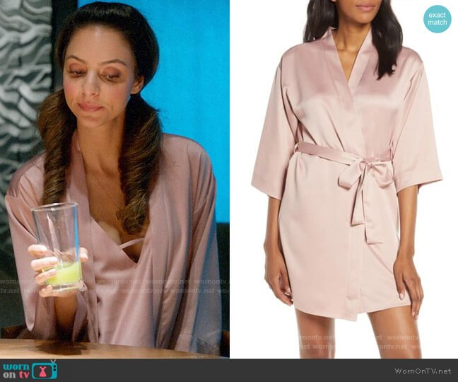 Flora Nikrooz Smokey Rose Victoria Rose worn by Zari Tomaz (Tala Ashe) on Legends of Tomorrow