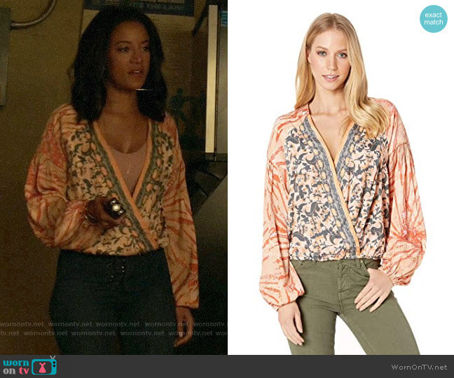 Free People Cruisin Together Printed Top in Neutral Combo worn by Maria DeLuca (Heather Hemmens) on Roswell New Mexico