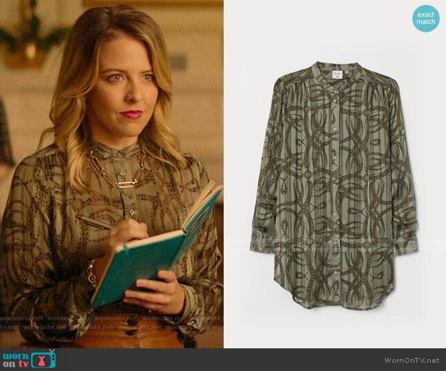 H&M Airy Blouse in Light Khaki Green/Patterned worn by Amanda (Helene Yorke) on Katy Keene