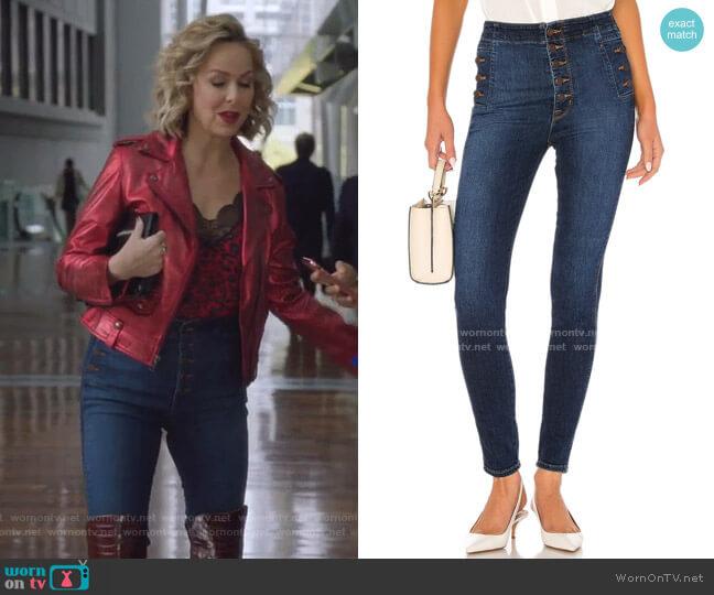 Natasha Sky High Skinny by J Brand worn by Jacqueline (Melora Hardin) on The Bold Type