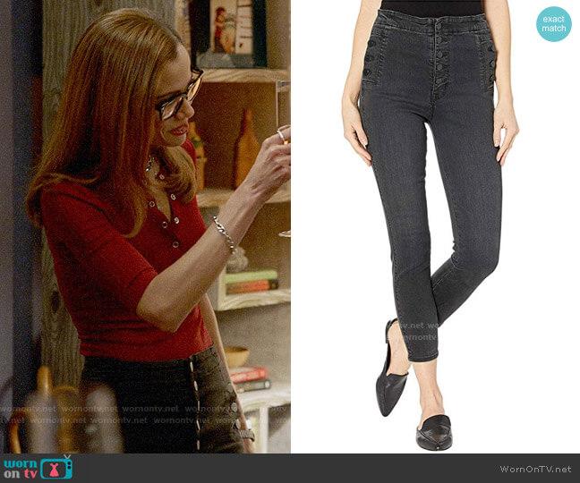J Brand Natasha Jeans in Vane worn by Amanda Doherty (Victoria Cartagena) on Almost Family
