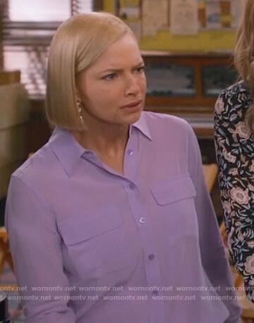 Jill's purple shirt with pockets on Mom