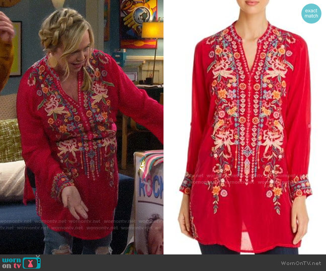 Johnny Was Annette Embroidered Tunic Top worn by Kristin Baxter (Amanda Fuller) on Last Man Standing