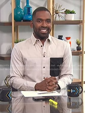 Justin's white shirt with contrast pocket on E! News Daily Pop