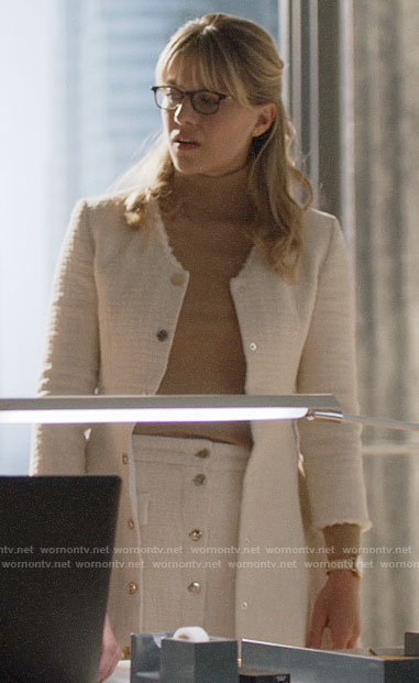 Kara's white tweed skirt and jacket on Supergirl