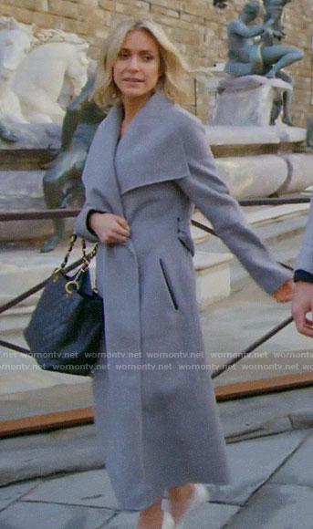 Kristin's black v-neck long sleeve top and tan skirt on Very Cavallari