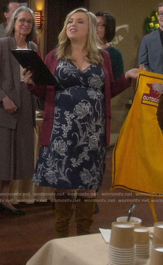 Kristin's navy floral maternity dress on Last Man Standing