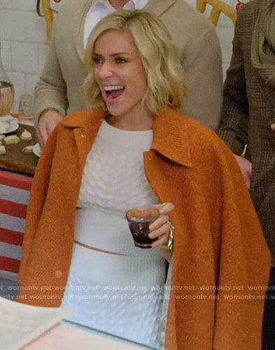 Kristin's white cable knit top and skirt with orange tweed jacket on Very Cavallari