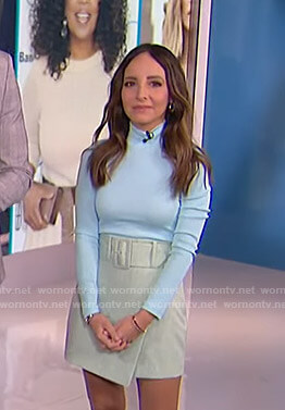 Lilliana's blue ribbed turtleneck top and belted mini skirt on E! News