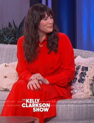 Liv Tyler's red tie shirtdress on The Kelly Clarkson Show