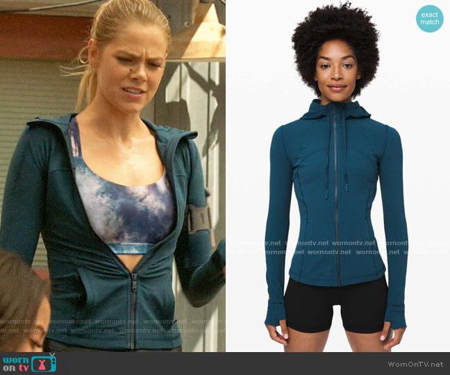 Lululemon Define Hooded Jacket Nulu in Night Diver worn by Isobel Evans-Bracken (Lily Cowles) on Roswell New Mexico