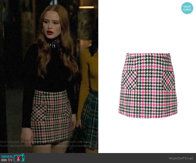 Moschino Tweed Houndstooth Skirt worn by Cheryl Blossom (Madelaine Petsch) on Riverdale