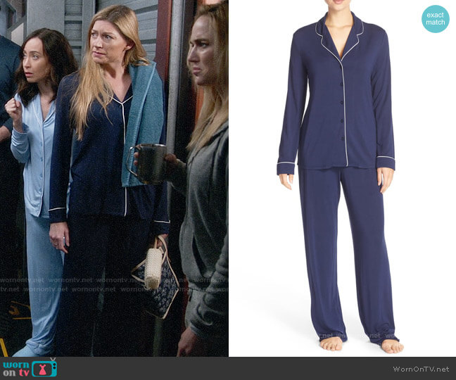 Nordstrom Lingerie Moonlight Pajamas worn by Ava Sharpe (Jes Macallan) on Legends of Tomorrow