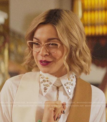 Pepper's white studded collar shirt on Katy Keene