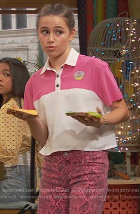 Tess's pink snakeskin pants on Ravens Home
