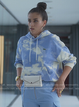 Rebeca's blue cloud print hoodie on Elite