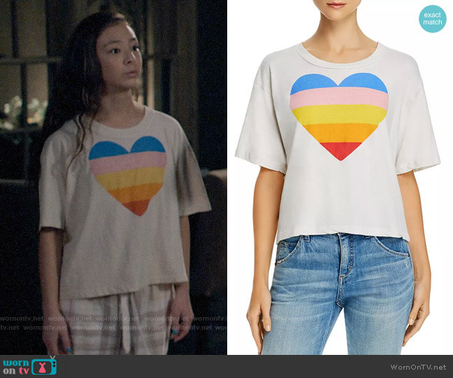Sundry Rainbow Heart Boxy Tee worn by Lily Tucker-Pritchett (Aubrey Anderson-Emmons) on Modern Family
