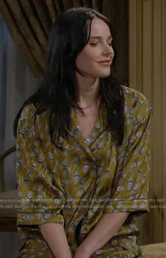 Tessa's green printed pajamas on The Young and the Restless
