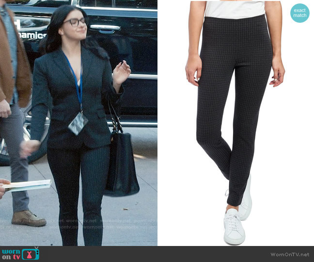 Theory Houndstooth Knit Skinny Leggings worn by Alex Dunphy (Ariel Winter) on Modern Family