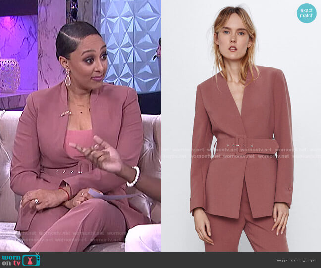 Lapelless Belted Blazer by Zara worn by Tamera Mowry  on The Real