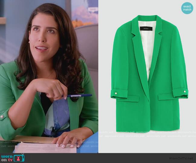 Long Blazer by Zara worn by Shannon Ross (Nicole Power) on Kims Convenience