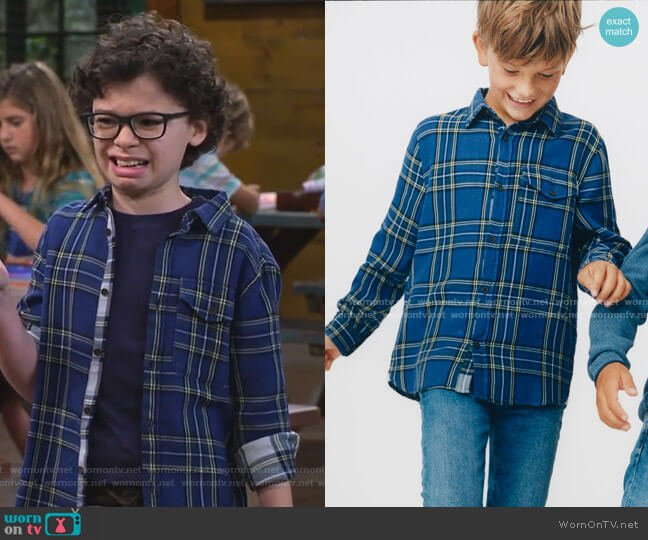 Double-Faced Plaid Shirt by Zara worn by Matteo Silva (Raphael Alejandro) on Bunkd