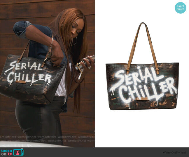 Serial Chiller Edition Bag by De Vesi worn by Cynthia Bailey  on The Real Housewives of Atlanta