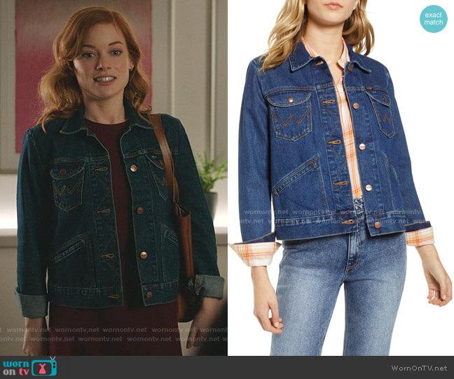 Icons 124WJ Denim Jacket by Wrangler worn by Zoey Clarke (Jane Levy) on Zoeys Extraordinary Playlist