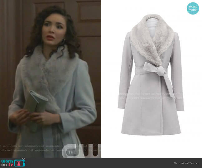 Emilia Coat by Forever New worn by Bess (Maddison Jaizani) on Nancy Drew