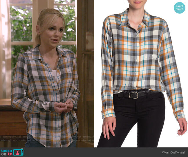 Classic One-Pocket Plaid Shirt by Lucky Brand worn by Christy Plunkett (Anna Faris) on Mom