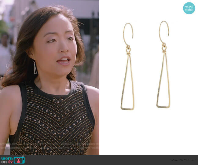 Skinny Triangle Earrings by Peggy Li worn by Janet (Andrea Bang) on Kims Convenience