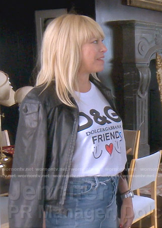 Sutton's D&G friends print tee on The Real Housewives of Beverly Hills