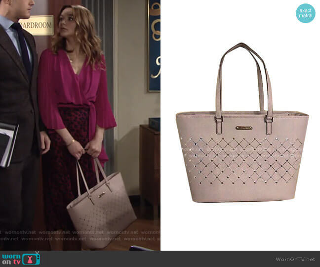 Violet Bag by Michael Kors worn by Summer Newman (Hunter King) on The Young & the Restless