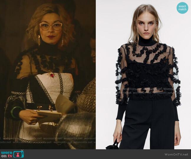Contrasting Semi-Sheer Top by Zara worn by Pepper Smith (Julia Chan) on Katy Keene