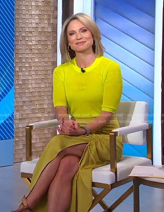 Amy's yellow short sleeve sweater and ruched skirt on Good Morning America