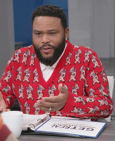 Andre's red pig v-neck sweater on Black-ish