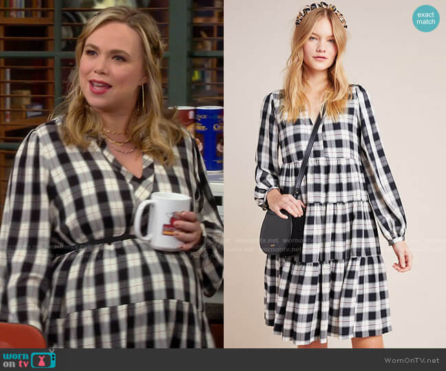 Anthropologie Maeve Amber Plaid Tiered Tunic worn by Kristin Baxter (Amanda Fuller) on Last Man Standing