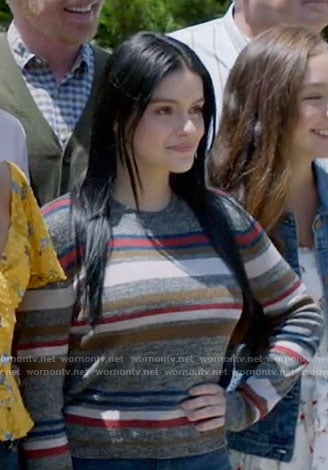 Ariel Winter's grey striped sweater on Modern Family