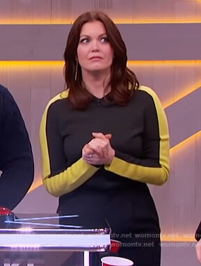 Bellamy Young's green colorblock top on The Kelly Clarkson Show