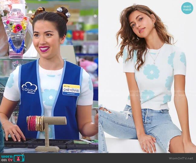 Floral Brushed Knit Top by Forever 21 worn by Cheyenne (Nichole Bloom) on Superstore